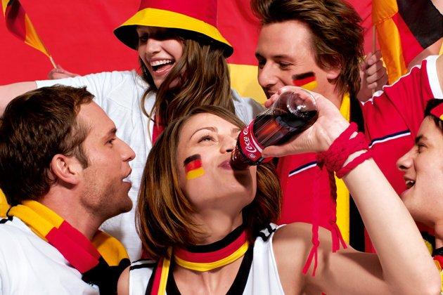 Coca-Cola-Coke-Fans-Cult-Branding