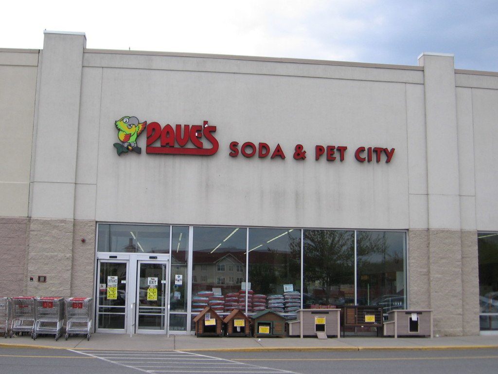Daves-Soda-and-Pet-City-Store