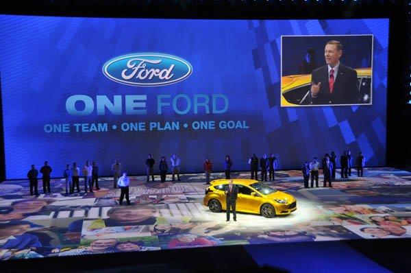 (JAN2011) Detroitas, Mičiganas, Šiaurės Amerikos tarptautinė automobilių paroda