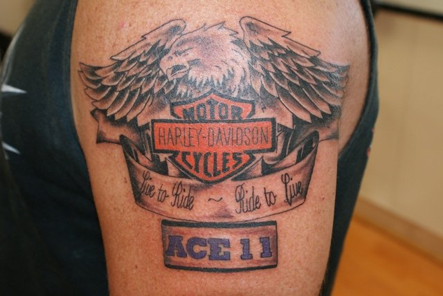 What Smart Marketers Can Learn About Brand Tattoos ... - photo#23
